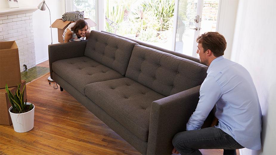transport kanapy, sofa, przeniesienie, przeprowadzka sofa, naroznik