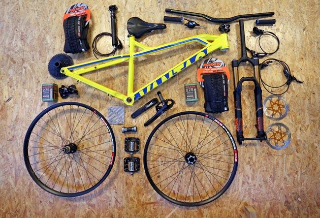 przetransportowanie roweru po przez rozkręcenie na części